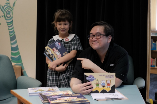 Colin Goh Shares his Bilingual Books